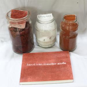 Spaanse aarden en  catalogus van de expositie
